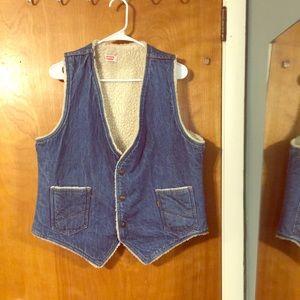Vtg Levi's Jean vest with Sherpa lining